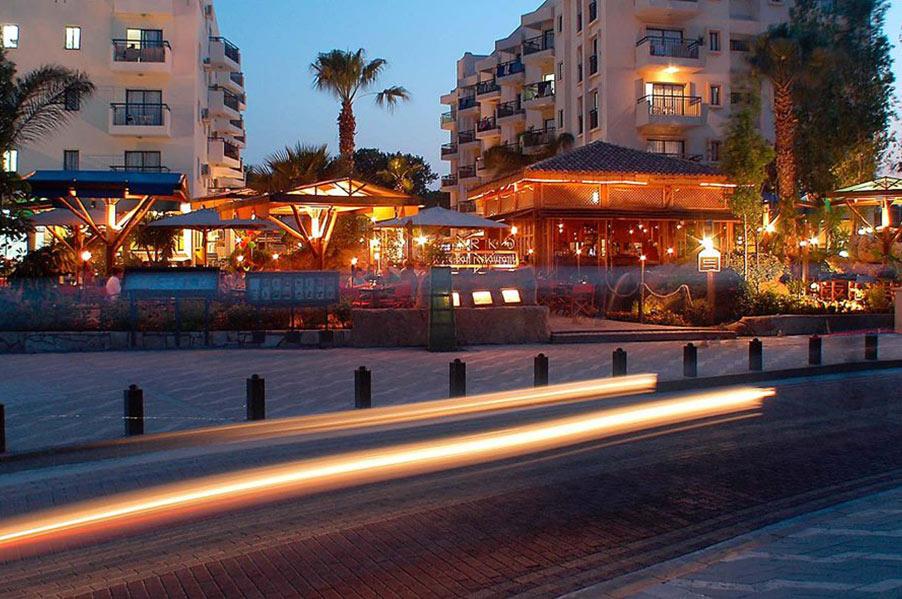 Parko Restaurant, Cafe & Bar