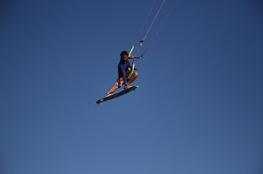 Big Dayz Kite Surfing