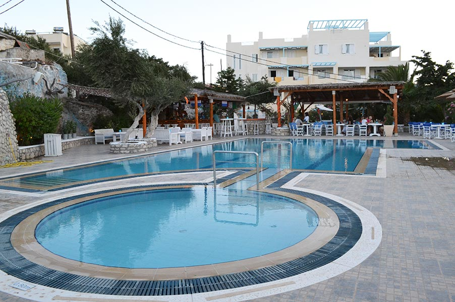 Nisia Hotel