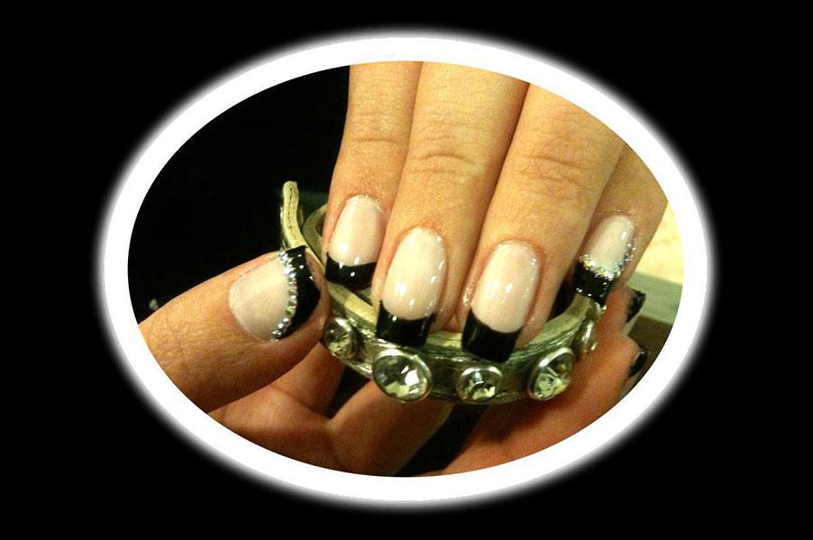 5% OFF on Nail Treatments at ANANEOSIS