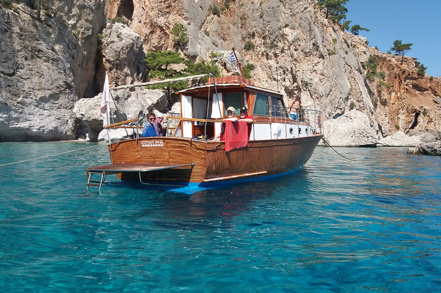 """10% OFF @ """"Odyssey"""" Private Boat Tours"""