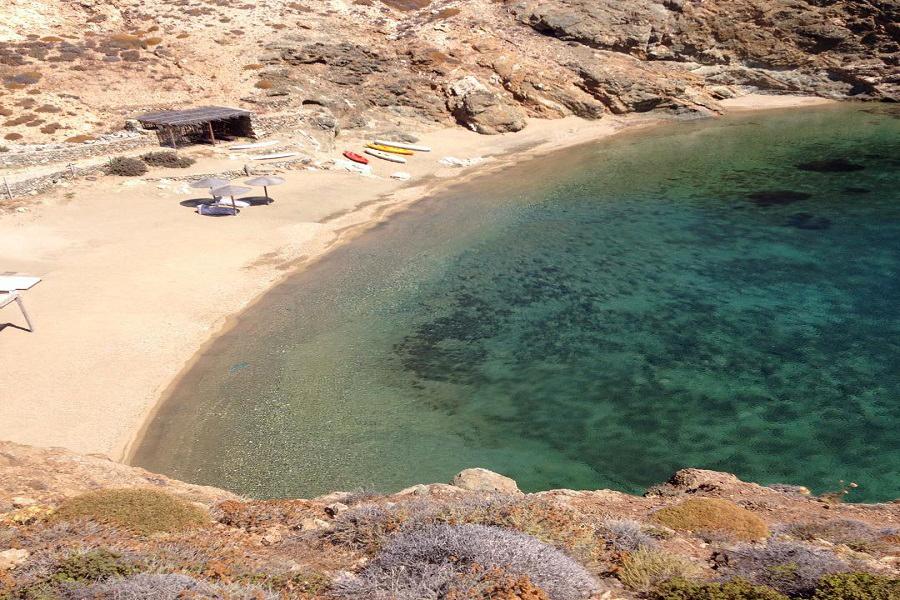 Mirsini beach